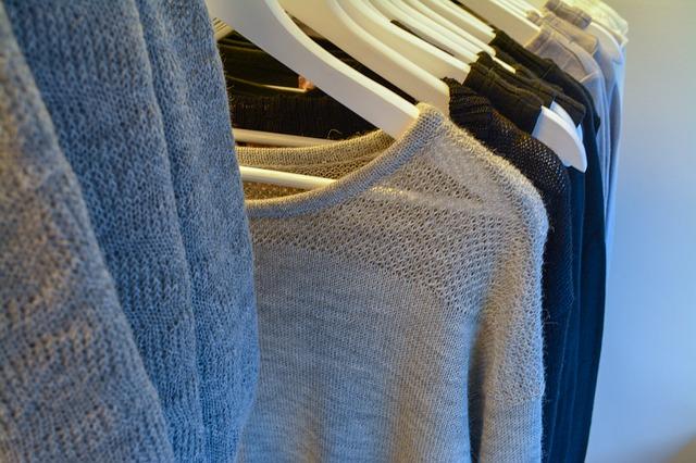 Minimalizm to podstawa kapsułowej garderoby
